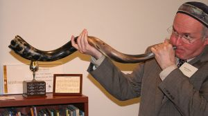 "Blowing a shofar on ""Rosh Hashanah"" Source: WikiCommons; Jonathunder"
